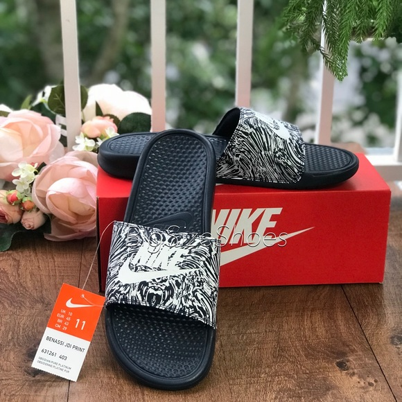 5de83ef5cea2 Nike Benassi Just Do It Print M